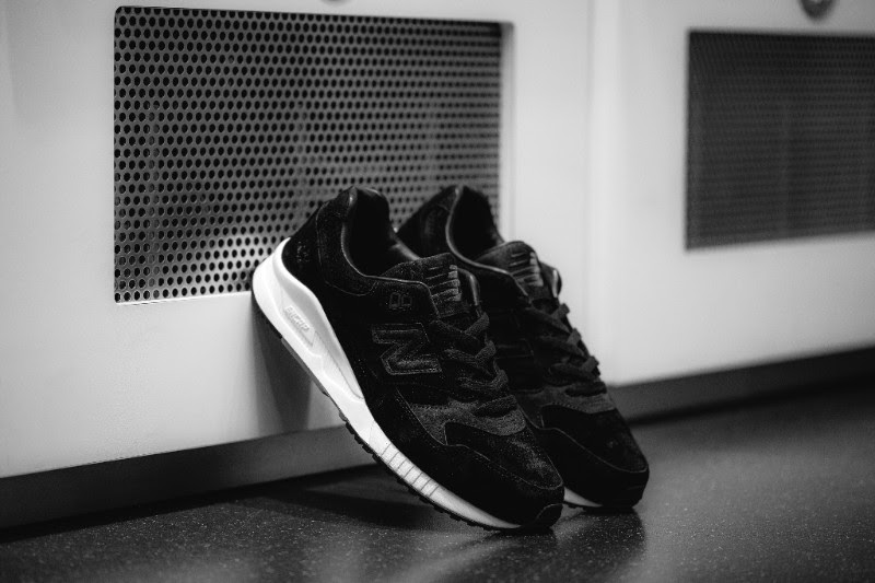 Reigning-Champ-x-New-Balance-Gym-Pack-3